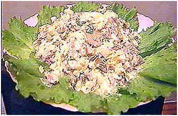 Приготовление салата загадочный.